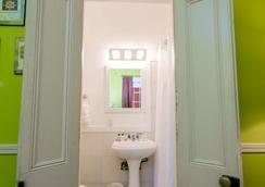 Frenchmen Hotel - ニューオーリンズ - 浴室