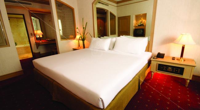 ルイス タバーン ホテル - バンコク - 寝室