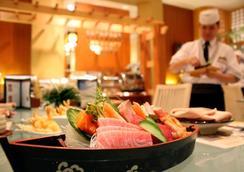 ミラクル グランド コンベンション ホテル - バンコク - レストラン