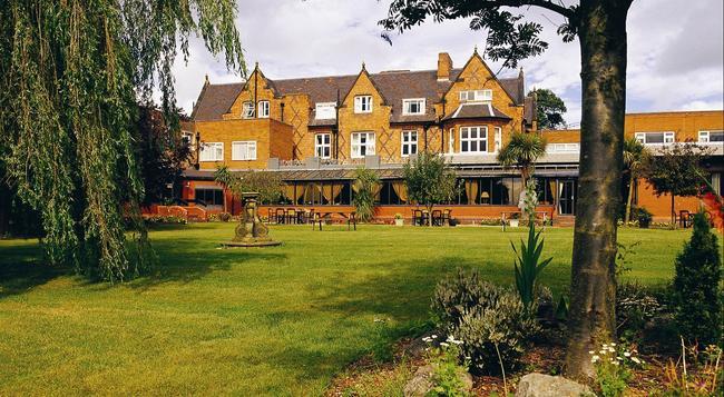 Brook Mollington Banastre Hotel And Spa - チェスター - 建物