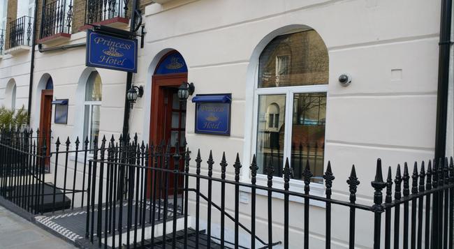 プリンセス ホテル - ロンドン - 建物