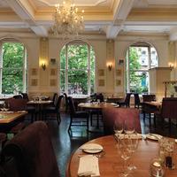 マクドナルド バーリントン ホテル Restaurant