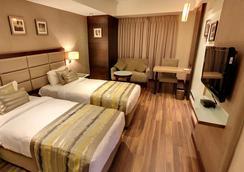 Hotel Krios - アーメダバード - 浴室