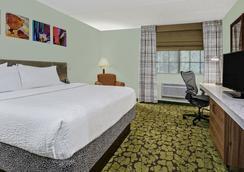 Hilton Garden Inn San Antonio Airport - サンアントニオ - 寝室