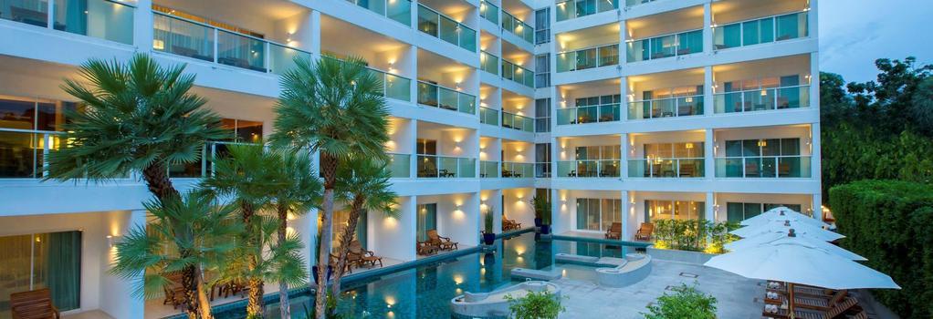 チャナライ ロマンティカ リゾート - カロンビーチ - 建物