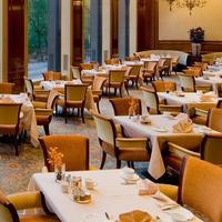 パーク レーン ホテル オン セントラル パーク Restaurant
