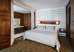 ホテル エアポート オケンチェ - ワルシャワ - 寝室