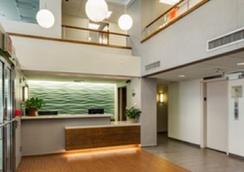シーフェアラーズ インターナショナル ハウス - ニューヨーク - フロントデスク