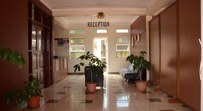Nexus Resorts Hotel - Kampala - 建物