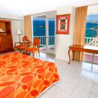 Krystal Beach Acapulco Guest room