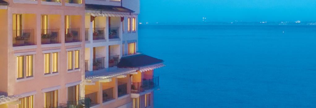 モンタレー プラザ ホテル & スパ - モントレー - 建物