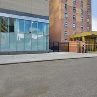 マグナソン コンベンション センター ホテル NYC Hotel Entrance
