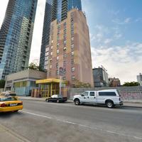 マグナソン コンベンション センター ホテル NYC Hotel Front