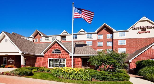 Residence Inn by Marriott Chicago Schaumburg Woodfield Mall - シャンバーグ - 建物