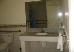 タワー モーテル ロング ビーチ - ロングビーチ - 浴室