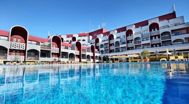Oura Praia Hotel - アルブフェイラ - 建物
