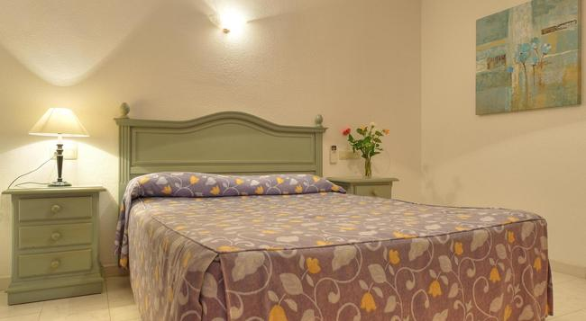 Infiniti Beach Resort - Vera - 寝室