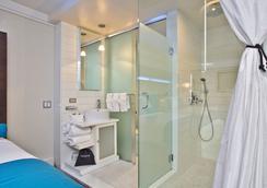 ホテル ル ブルー - ブルックリン - 浴室
