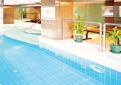 メトロパーク ホテル マカオ - マカオ - プール