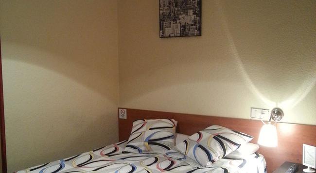 Hostal Alicante - マドリード - 寝室