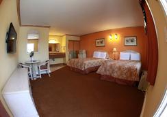 Glen Capri Inn & Suites - Burbank Universal - グレンデール - 寝室