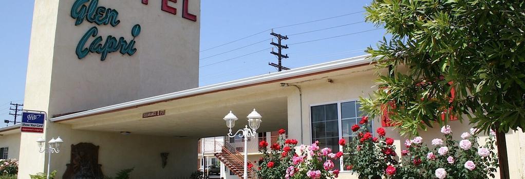 Glen Capri Inn and Suites - グレンデール - 建物