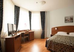 Hospitality Hotel - ペトロザヴォーツク - 寝室
