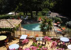 Hôtel Les Palmiers - Bormes-les-Mimosas - プール