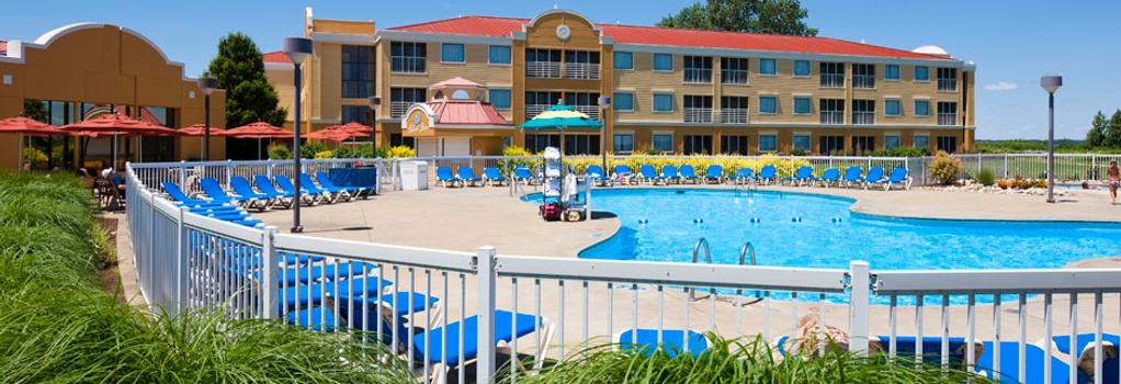 Cedar Point's Sandcastle Suites - サンダスキー - 建物