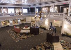 Cedar Point's Hotel Breakers - サンダスキー - ロビー