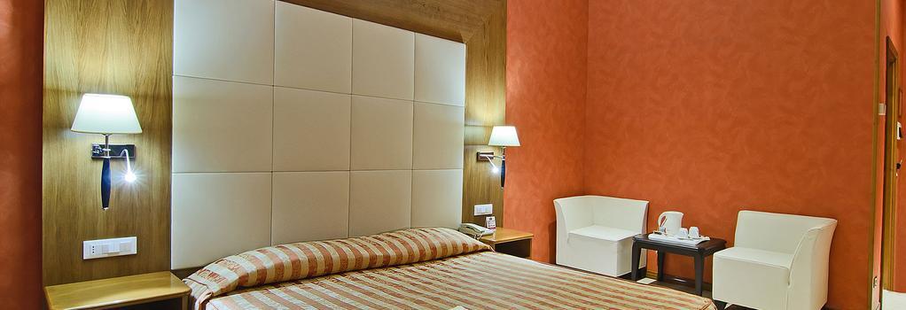 ホテル ジオベルティ - ローマ - 寝室