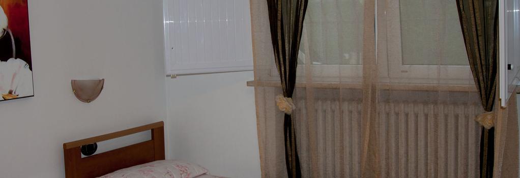 La Piccola Oasi 1 e 2 - ラヴェンナ - 寝室