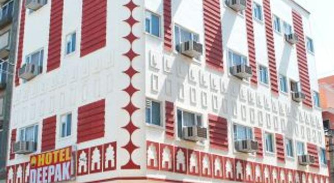 Hotel Deepak Jaipur - ジャイプール - 建物