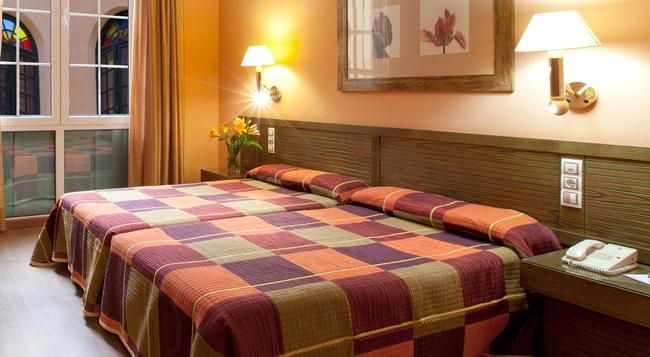 セナター カディス スパ ホテル - カディス - 寝室