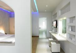スプレンダー リゾート - フィロステファニ - 寝室