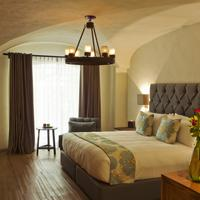 Busue a Boutique Experience Hotel Featured Image
