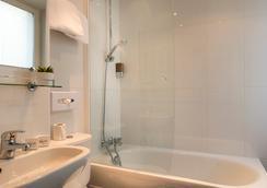 マイ ホテル イン フランス マレー バイ ハッピーカルチャー - パリ - 浴室