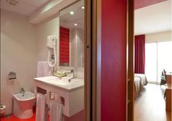 Hotel Benidorm Plaza - ベニドーム - 浴室