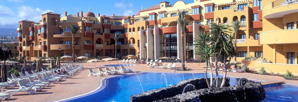 Grand Muthu Golf Plaza Hotel & Spa - San Miguel de Abona - 建物
