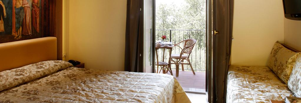 ホテル ラ テラッツァ_x000D_ - アッシジ - 寝室