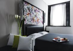 トゥウェンティワン ホテル - ローマ - 寝室