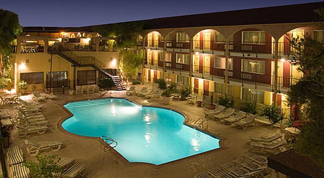 マルディグラ ホテル&カジノ - ラスベガス - 建物