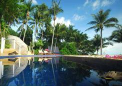 シービュー パラダイス ビーチ アンド マウンテン ホリデー ヴィラズ リゾート - サムイ島 - プール