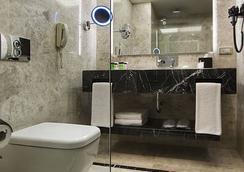 デデマン ボスタンジュ イスタンブール ホテル & コンベンションセンター - イスタンブール - 浴室
