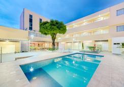 Hotel Arizona Suites - Cucuta - プール