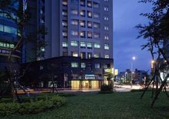 シティー レイク ホテル 台北 - 台北市 - 建物