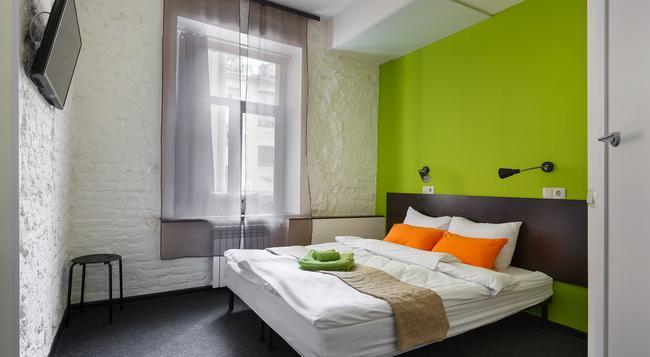 ステーション ホテル M19 - サンクトペテルブルク - 寝室