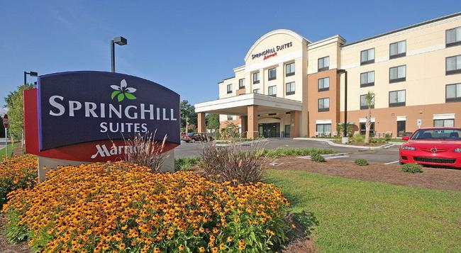 SpringHill Suites by Marriott Charleston North-Ashley Phosphate - North Charleston - 建物