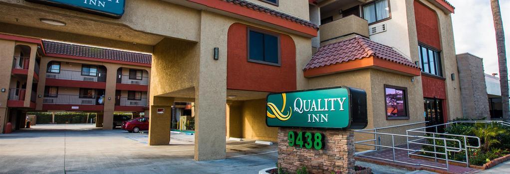 Quality Inn Near Downey Studios - Downey - 建物