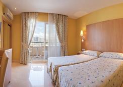 ホテル ラ カラ - ベニドーム - 寝室